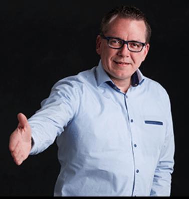 gilbert van maaren is de eigenaar van verkeerschool elar in lexmond